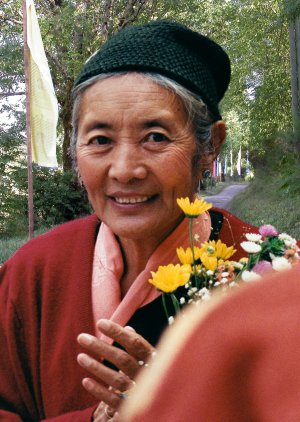 "Khandro Tséring Chödrön ""flowers"" Photos 3 sizes"